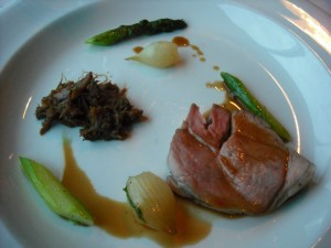 Lamb with asparagus, glased onion and bercy sauce